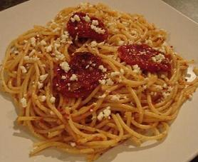 Spaghetti, Pesto + Sundried Tomato